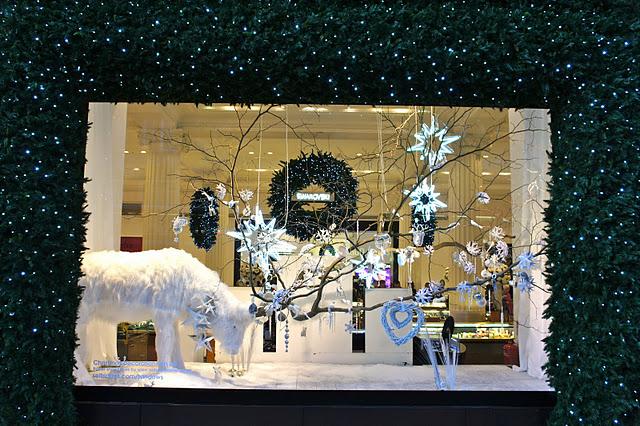 Diciembre 2011 compartimos un brunch - Adornar escaparate navidad ...